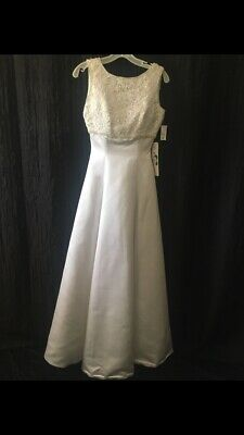Bridal Wedding gown Empire waist Beaded bodice Pearls A line Ivory size 4
