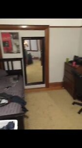 1 LARGE bedroom left in student rental