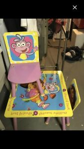 Dora table and chair set