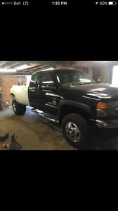 2003 gmc 2500/3500 rolling chassis