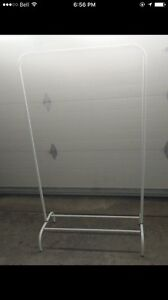 Portable wardrobe in good condition