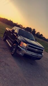 Clean Loaded Duramax Low Kms Never Seen Winter