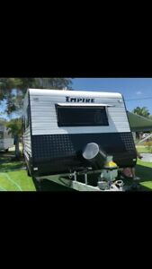 2018 empire caravan 23ft sleeps 6 priced to sell