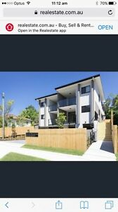 Beautiful $302 p/w 2 bedroom, 1 bathroom Annerley Annerley Brisbane South West Preview