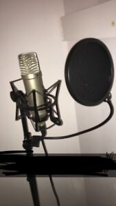 Rode NT1A Studio Condenser Microphone**PRICE NEGOTIABLE**
