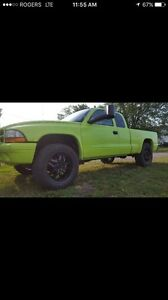 Selling my 2002 dodge dakota v6 manual up for trades