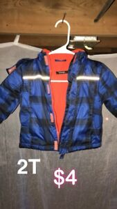 Boys size 2T snowsuit $ Coat