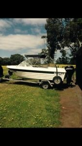 4.75 Northland Fibreglass Boat
