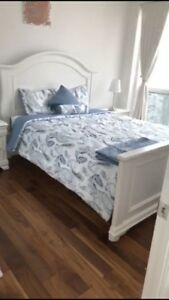 Queen bed+ head and foot boards+ mattress+ spring box