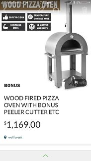 Outdoor pizza commercial oven on