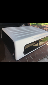 Canopy Toyota Hilux Ute