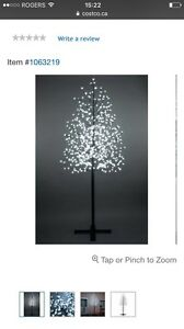 LED tree, 7 ft, 600 lights, blossom tree