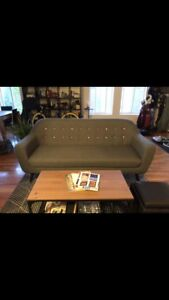 3 seater Chesterfield sofa - great condition!