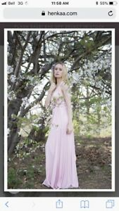 I'm looking for unaltered Henkaa or Arroh & Bow blush pink dress