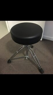 Pearl roadstar heavy duty drum throne - near new