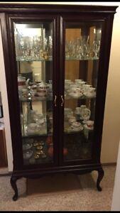 Excellent Condition. Curio Cabinet