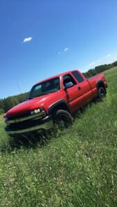LOOKING FOR RED EXT CAB DOORS