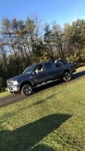 2005 F250 super duty 4x4 Lariat