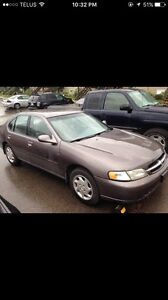 1998 Nissan Altima GXE ****LOW KMs****