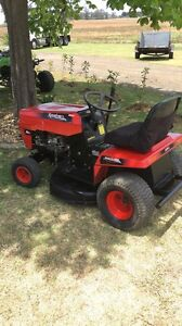 Ride on lawn mowers Camden Camden Area Preview