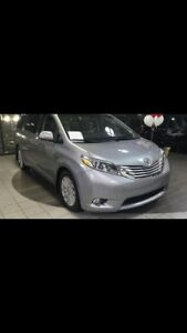 2017 Toyota Sienna LIMITED with brand NEW winter tires