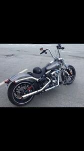 2014 Harley SoftTail Breakout only 2000KM