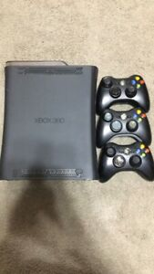 XBOX 360 ,3 CONTROLLERS, 16 GAMES