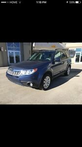 2011 Subaru Forester  AWD mint condition