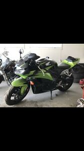 Price reduced quick sale. 2009 limited edition cbr600RR