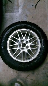 4 Pneu Hiver sur mag! / 4 winter tires on mags!