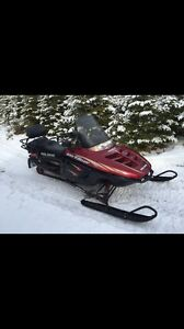 2000 Polaris 500 Indy Classic Touring Snowmobile. REDUCED!!