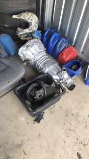 Hilux gearbox and hilux diff centre