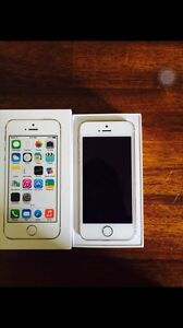 Iphone 5s 16 gigs bell virgin ** or ou gris cosmique **