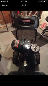 New snowblower/snow blower mint shape!!
