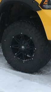 Mags moto metal avec tires toyo open country m/t