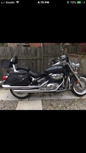 2006 Suzuki Boulevard Lots Of Extras.  Motorcycle