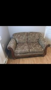 Couch/ sofa/ love seat