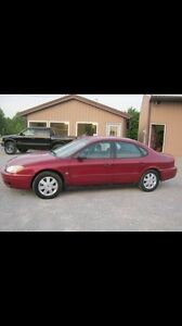 2004 Ford Taurus- Certified
