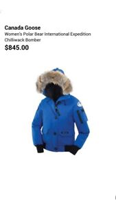 Women's Authentic Canada Goose Chilliwack Bomber - Size Small