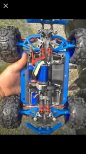 Traxxas e revo vxl 4x4 and team associated buggy