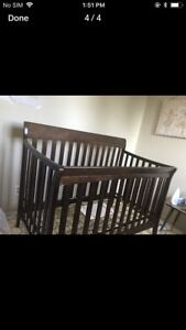 Baby crib good condition look new from pet free smoke free home