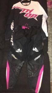 Women's dirt bike gear