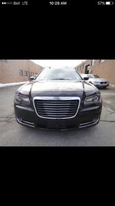 chrysler 300 s , very rare,with the 5.7 hemi ,fully loaded ,