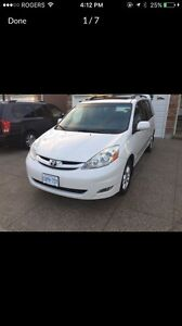 2006 Toyota Sienna XLE Limited 7 passenger AWD ,DVD package