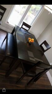Dining room table, 6 chairs + bench