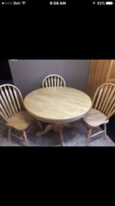 4 Chairs and table.