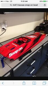 M41 traxxas limited snap on boat