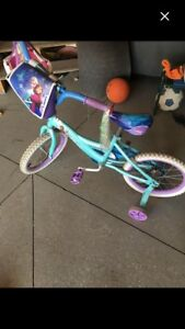 Girl bicycle with Helmet
