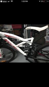 CCM Mountain Bike Full Suspension
