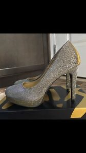 New in box size 8 heels